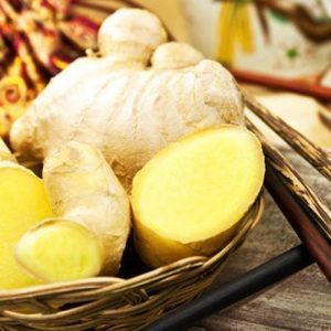 Ginger contains: gingerol (pungency), shogaol, zingerone as well as vitamin C, magnesium, iron, calcium, potassium, sodium, phosphorus